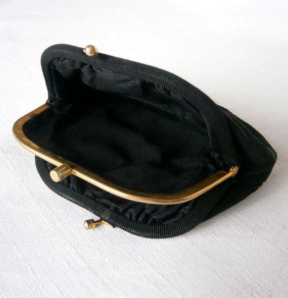 Sac à main petite gros-grain noir Français 1950 par ArtAndTradition