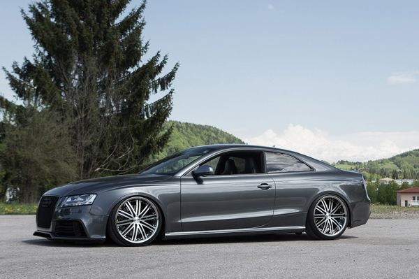 Gray Audi RS5 Coupe