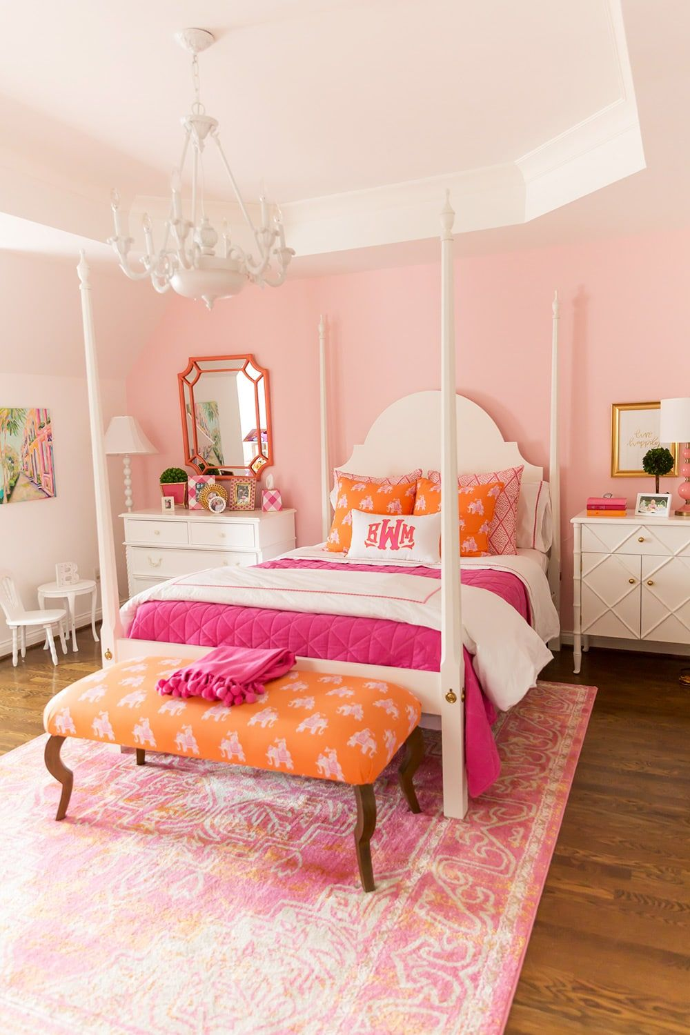Girl\'s pink and orange bedroom! | Pink bedrooms, Pink ...