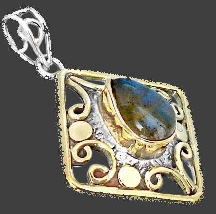 Victorian Style Blue Labradorite Solitaire in .925 Sterling Silver Pendant/Chain  $39.95 at #DavesGemJewelry #Bonanza store