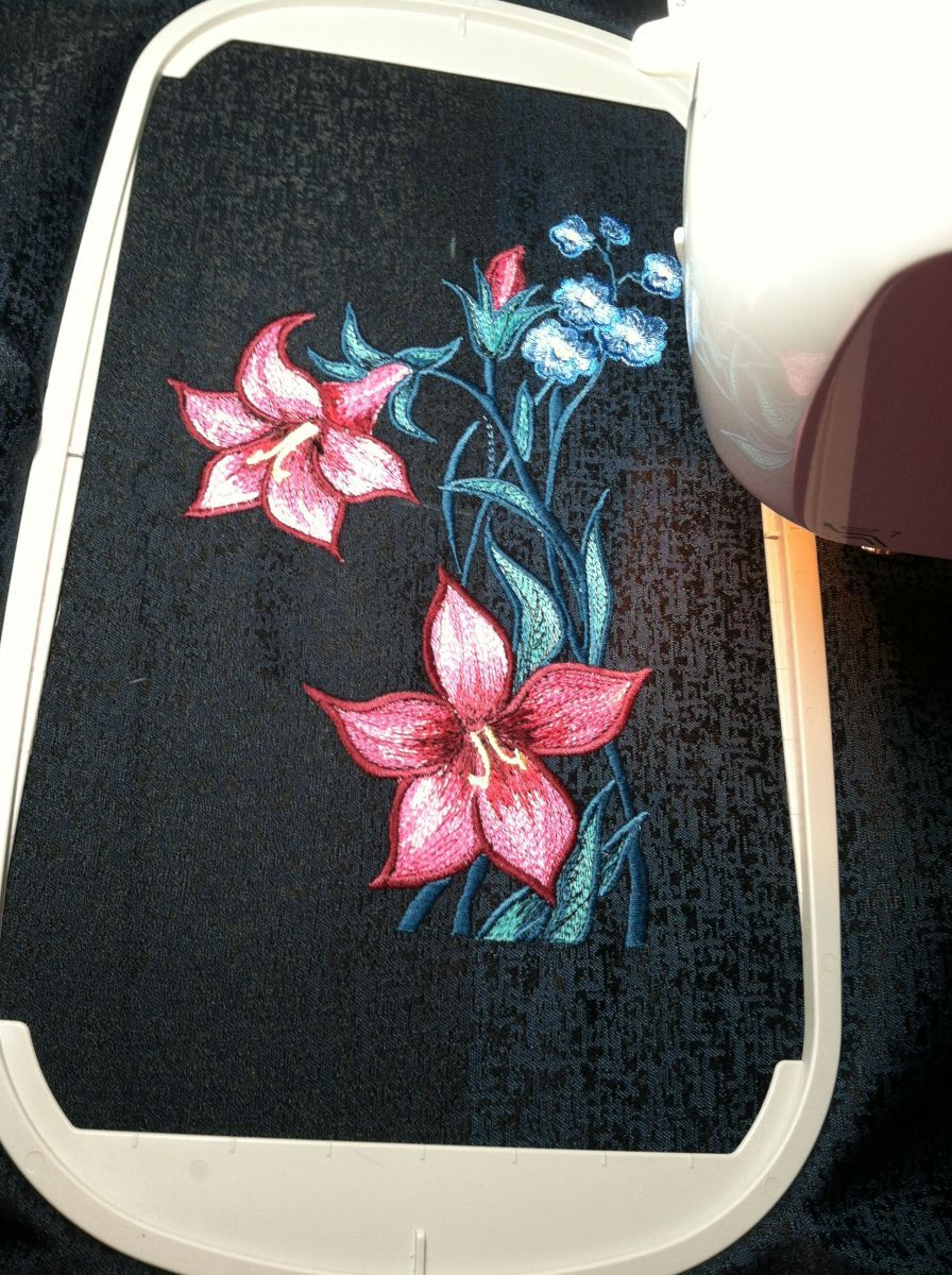 Lily In Black Outback43 Album Gallery Machine Embroidery Forum