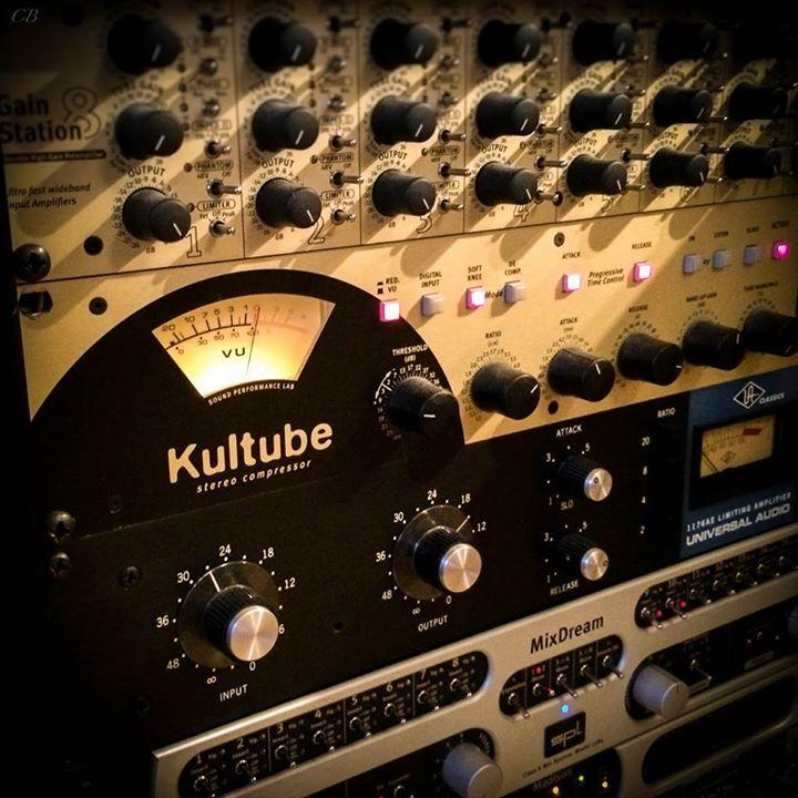 #SPL #GainStation8, #Kultube, #MixDream and #Madison @ Studio of Daniel Scholz, pianist / producer / award-winning mixing engineer.