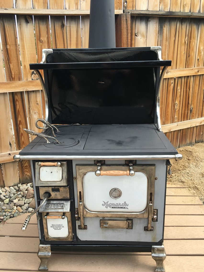 1915 Antique Monarch Wood Stove Converted To Hardwood