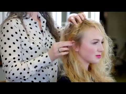 Bumble and bumble. Bb. Don't Blow it (H)air Styler - ARTFULLY MUSSED HOW TO - YouTube