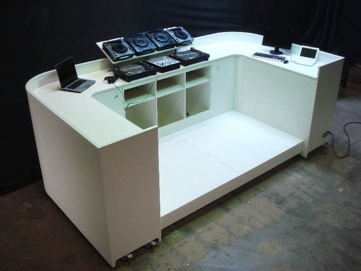 inspiring dj furniture 2 dj booth furniture wizje. Black Bedroom Furniture Sets. Home Design Ideas