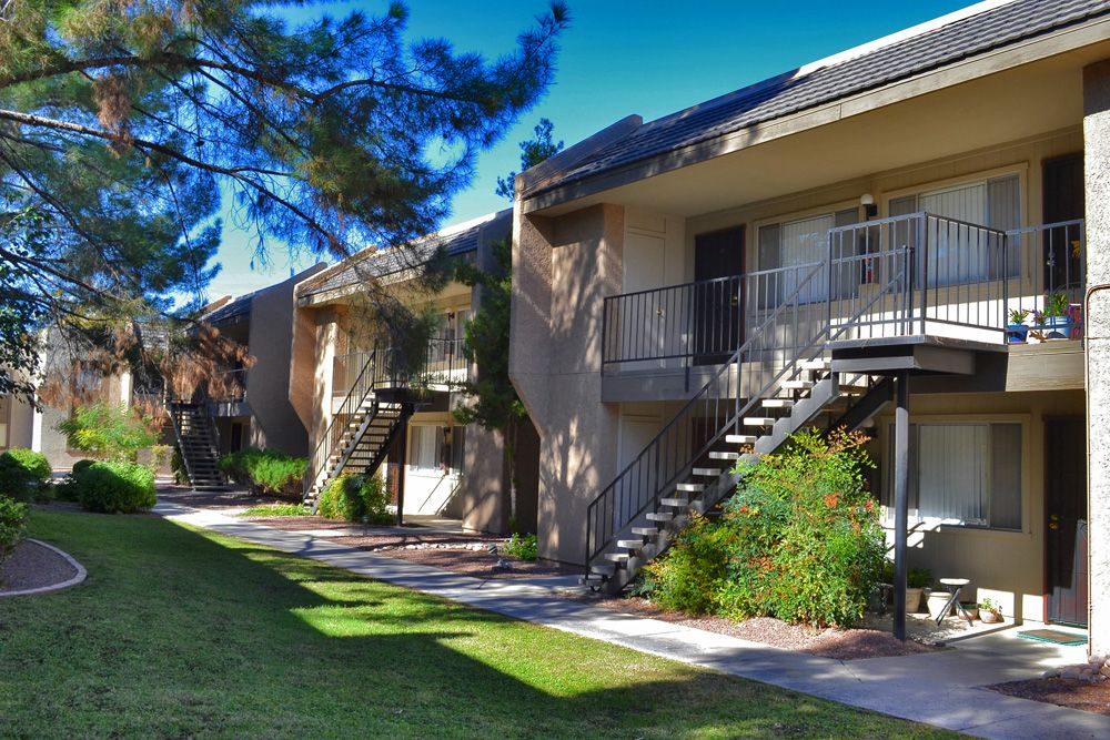 Apartments For Rent Tucson Az Cimarron Place Apartments Pet Friendly Apartments Pet Resort Cimarron