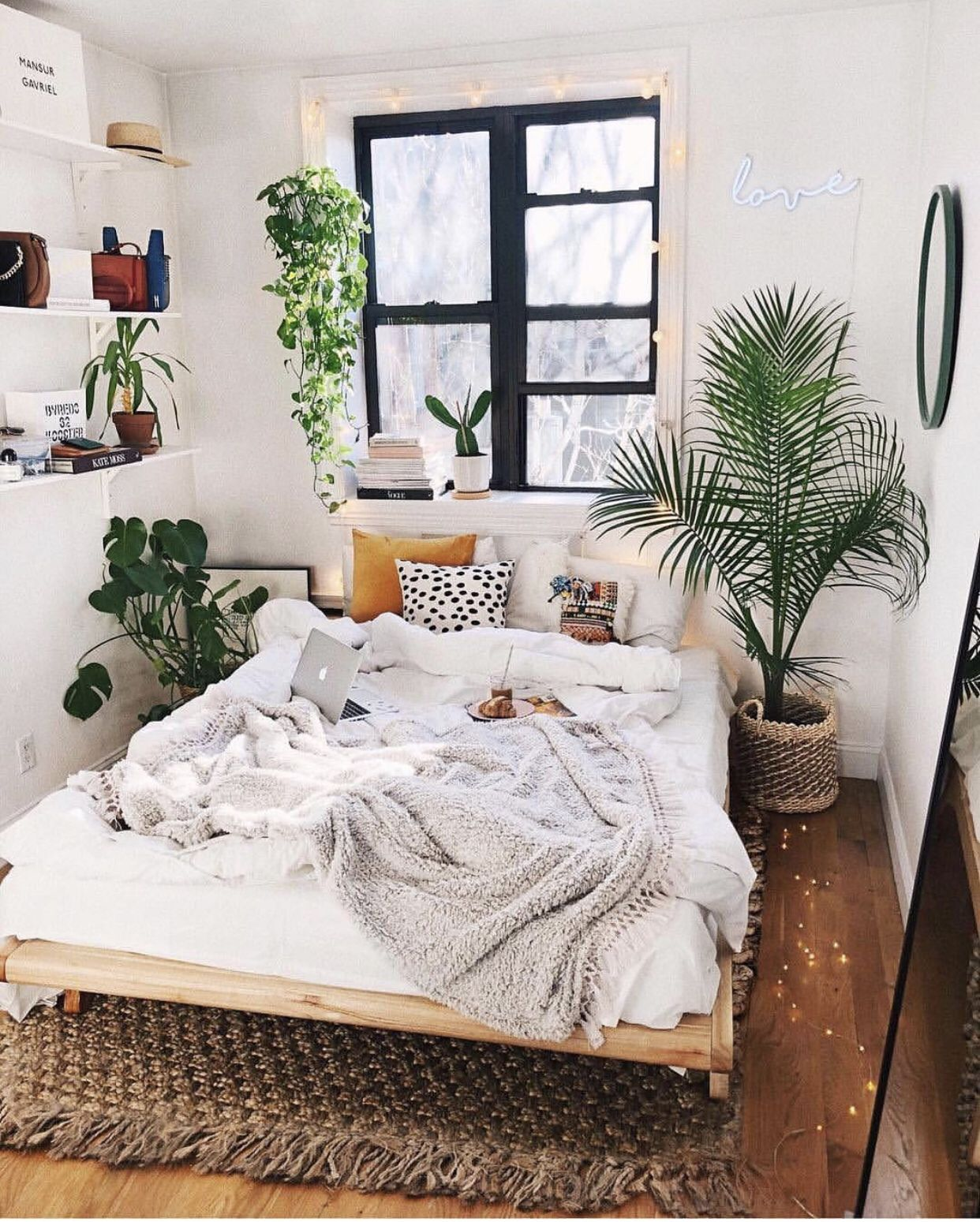 Minimalist Bedroom With Plants Bedroom Decor For Couples Small Small Bedroom Decor Bedroom Decor For Couples