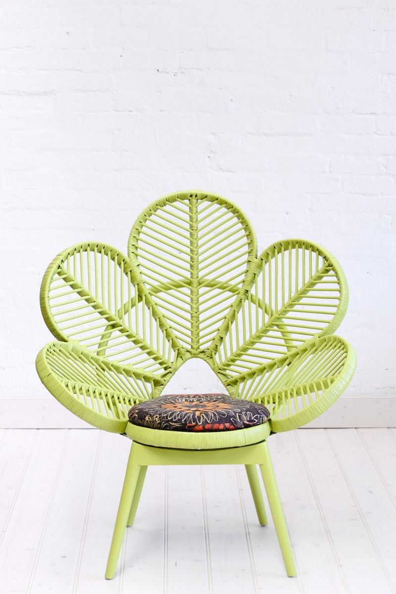 Love chair lime flower wicker chair leave it to the for Chaise en rotin ikea