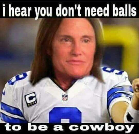 I Call Them The Dallas Cowgirls Lol With Images Funny Football