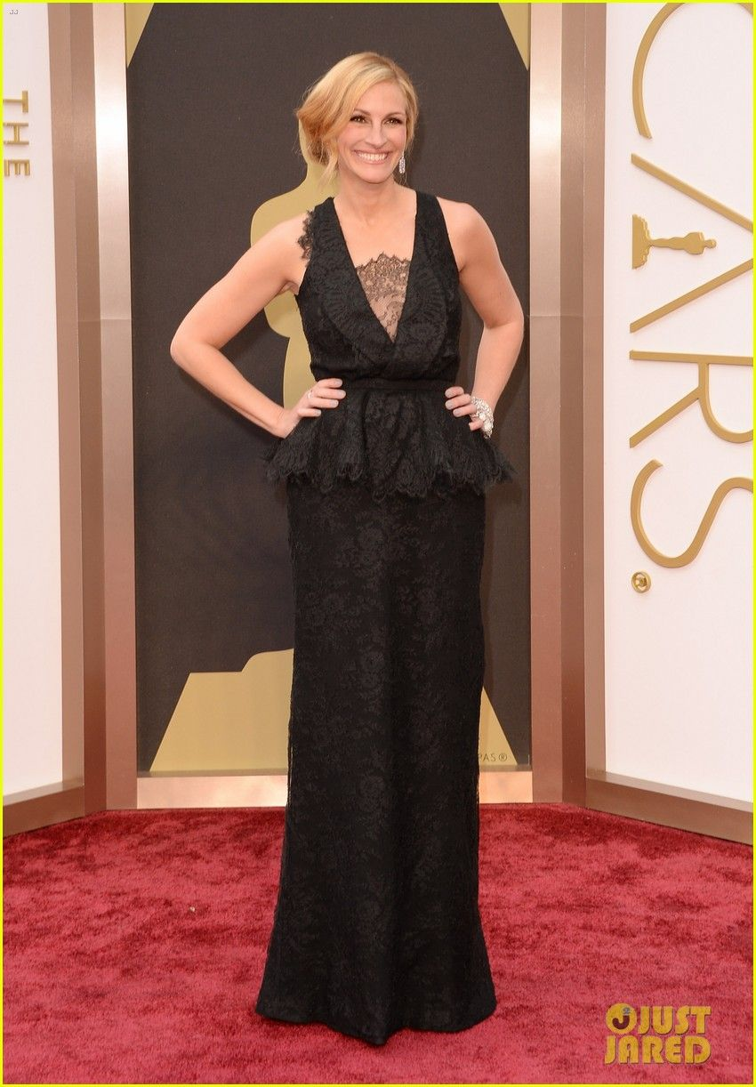 Julia Roberts - Oscars 2014 Red Carpet | julia roberts oscars 2014 red carpet 05 - Photo