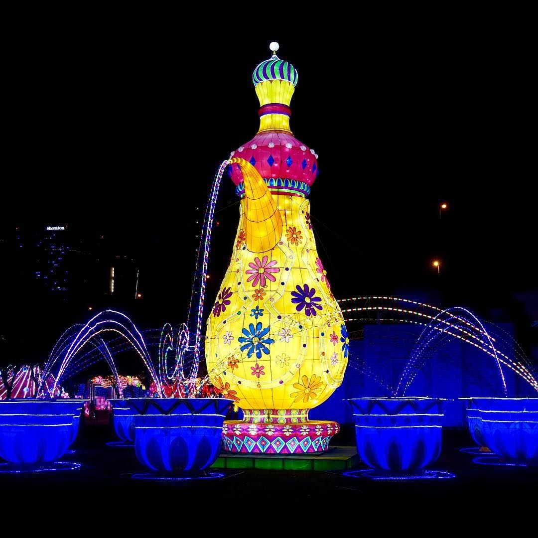Dubai Garden Glow is full of big bright displays. It also