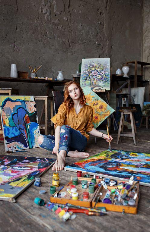 фотосессия художница в мастерской для дачи частного