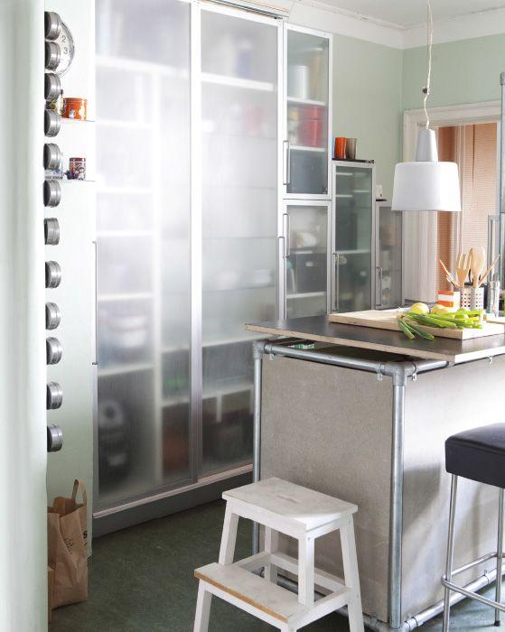 Ikea kücheninsel metall  Küchentrends: Einzigartige Kücheninsel aus recyceltem Metall und ...