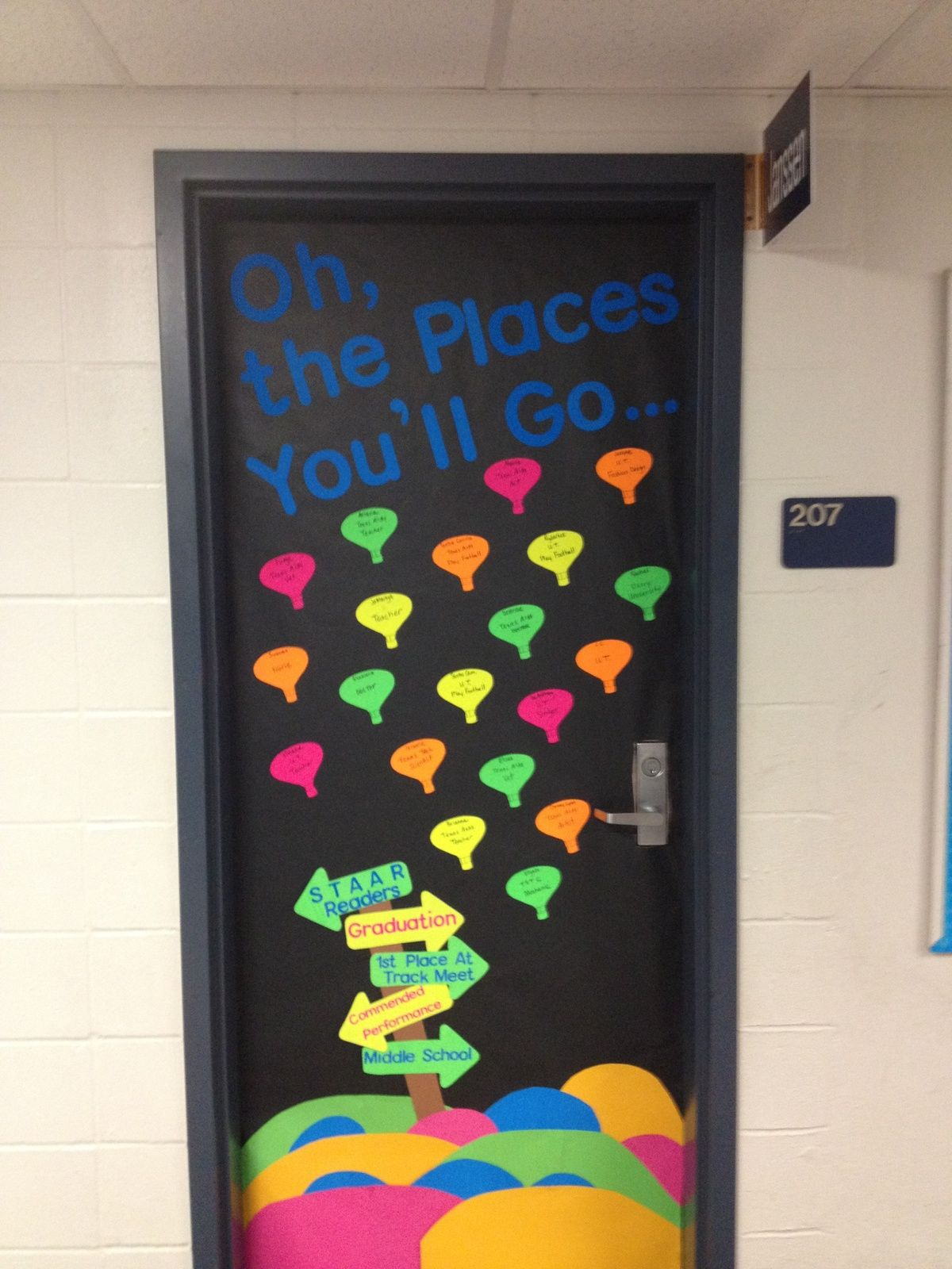 Oh the places you 39 ll go door decoration for older students for Door decorating ideas