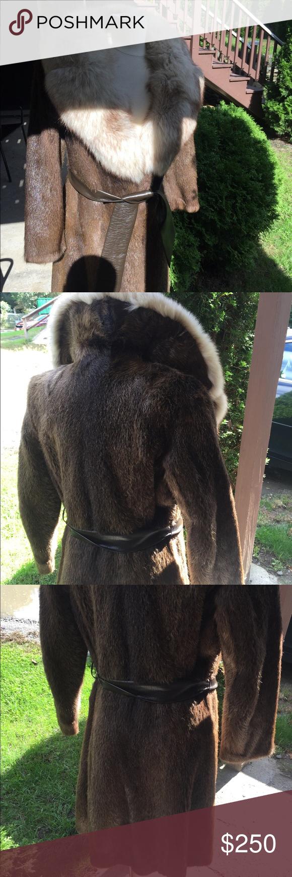 Women Beaver and fox wrap around coat size medium Fox