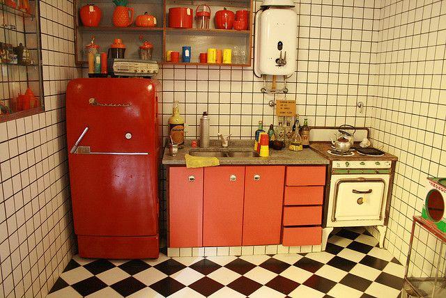 Kitchen Retro Color Design