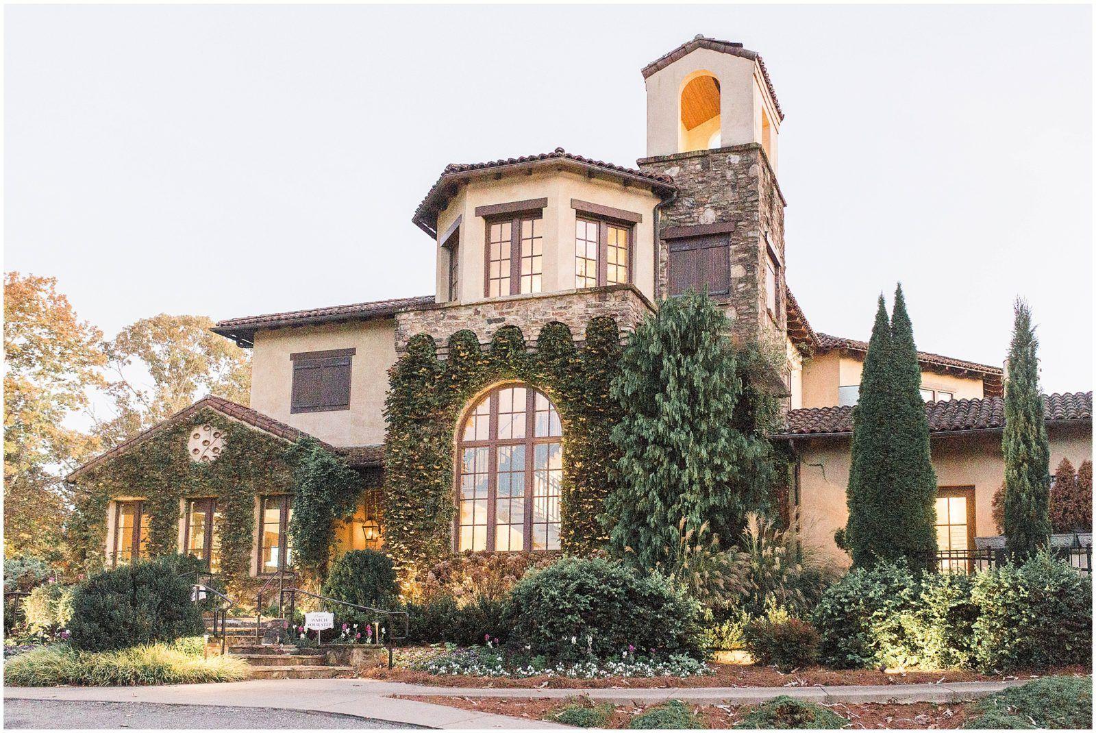 Montaluce Winery Wedding With Tuscan Inspired Details In Dahlonega Ga Tuscan Inspired Wedding Atlanta Wedding Venues Winery Weddings