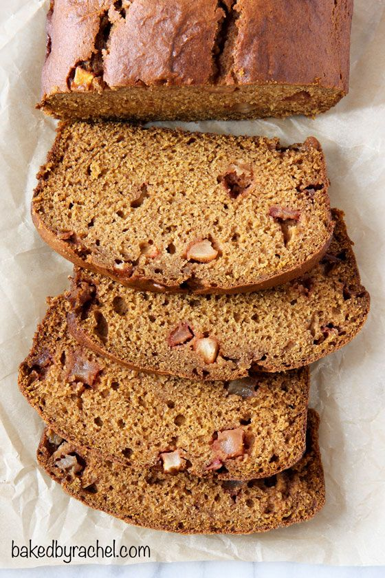 Moist spiced pumpkin apple bread recipe from @bakedbyrachel