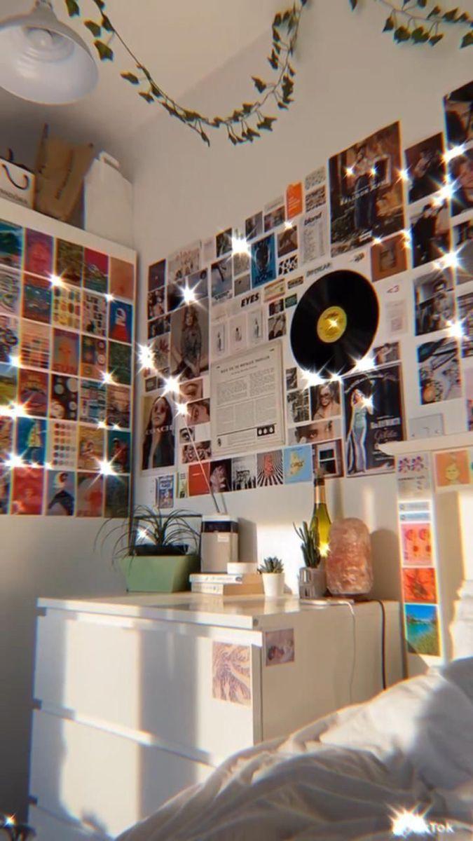 💿 @serinejang in 20  Room inspo, Dreamy room, Retro room