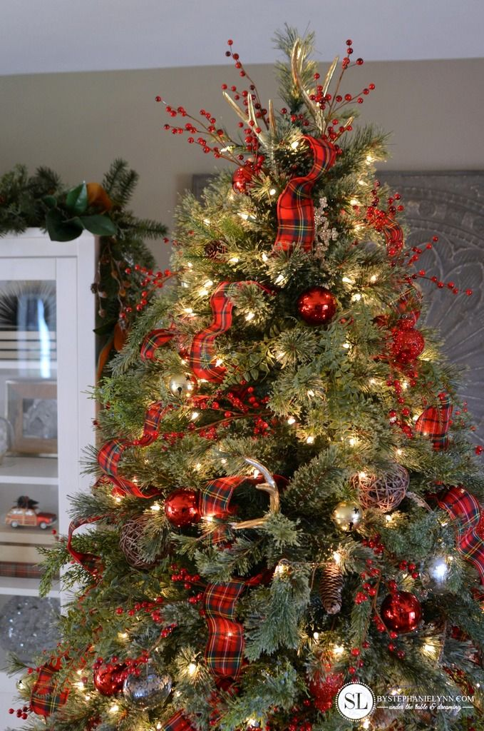 Traditional Red Tartan Plaid Christmas Tree Christmas Pinterest Christmas Christmas Tree And Christmas Tree Toppers