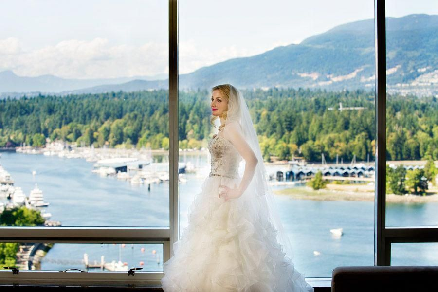 Bride At Vancouver Fairmont Hotel In Her Amazing Dress