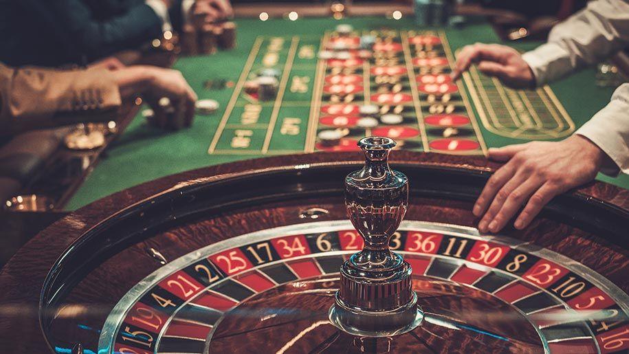 Онлайн казино питер как играть в пьяницу в карты 36 карт правила