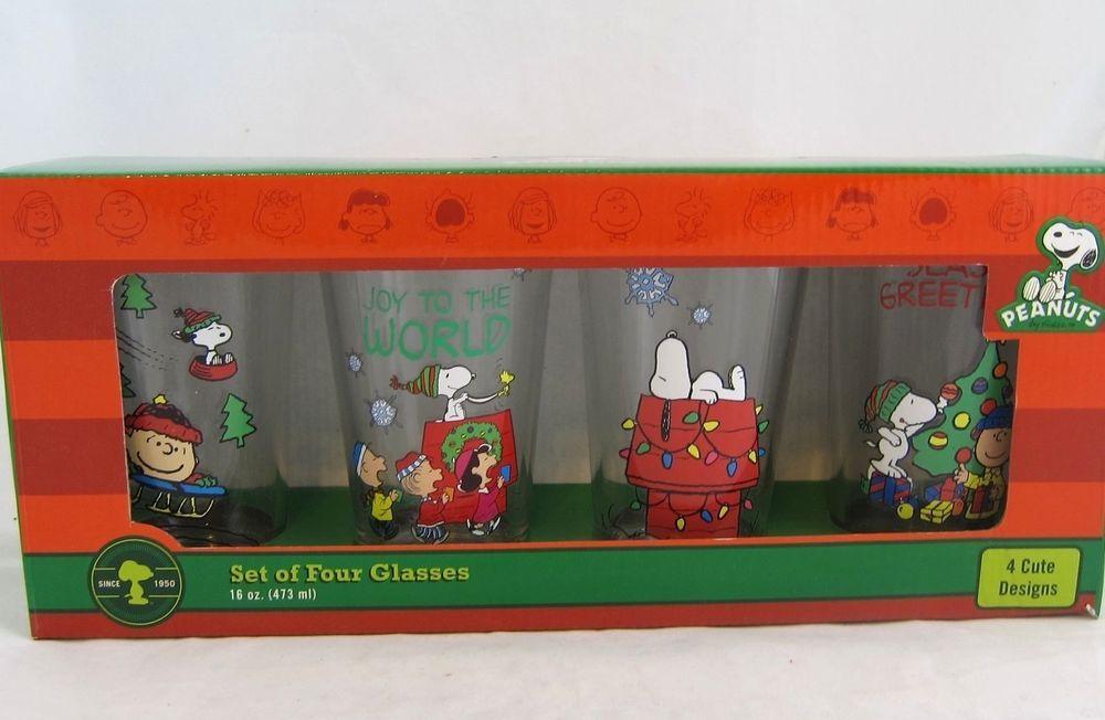 Peanuts Christmas Glasses Set of Four 16 Oz Tumblers Snoopy
