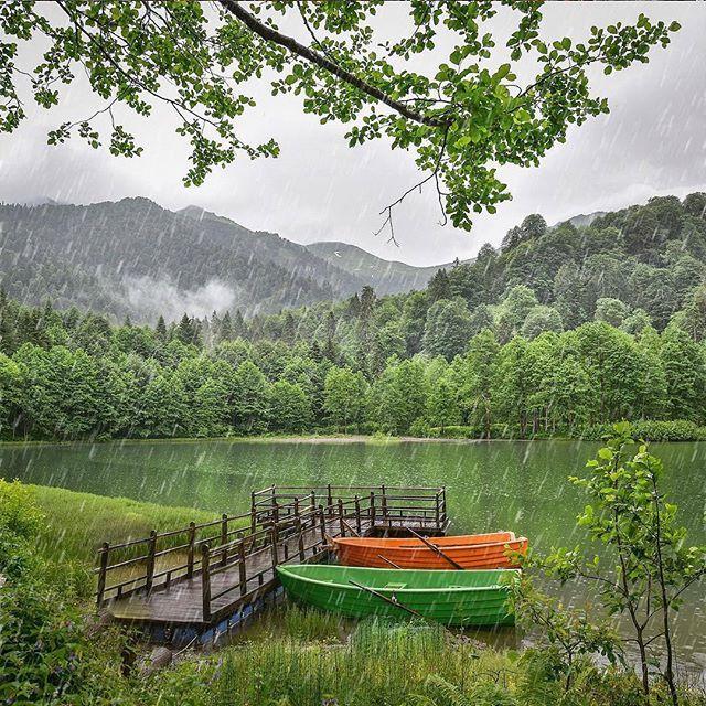 Artvin-Borçka Karagöl Fotoğraf:@sozyitimii #Karadeniz #blacksea #heygidikaradeniz