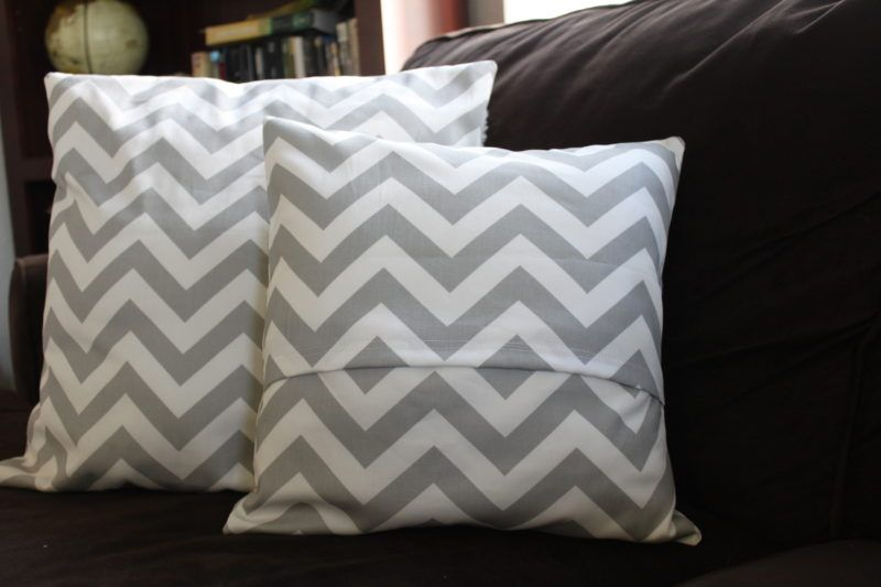 New Tutorial Sew An Envelope Pillow Cover Crafts And Things Beauteous How To Sew An Envelope Pillow Cover