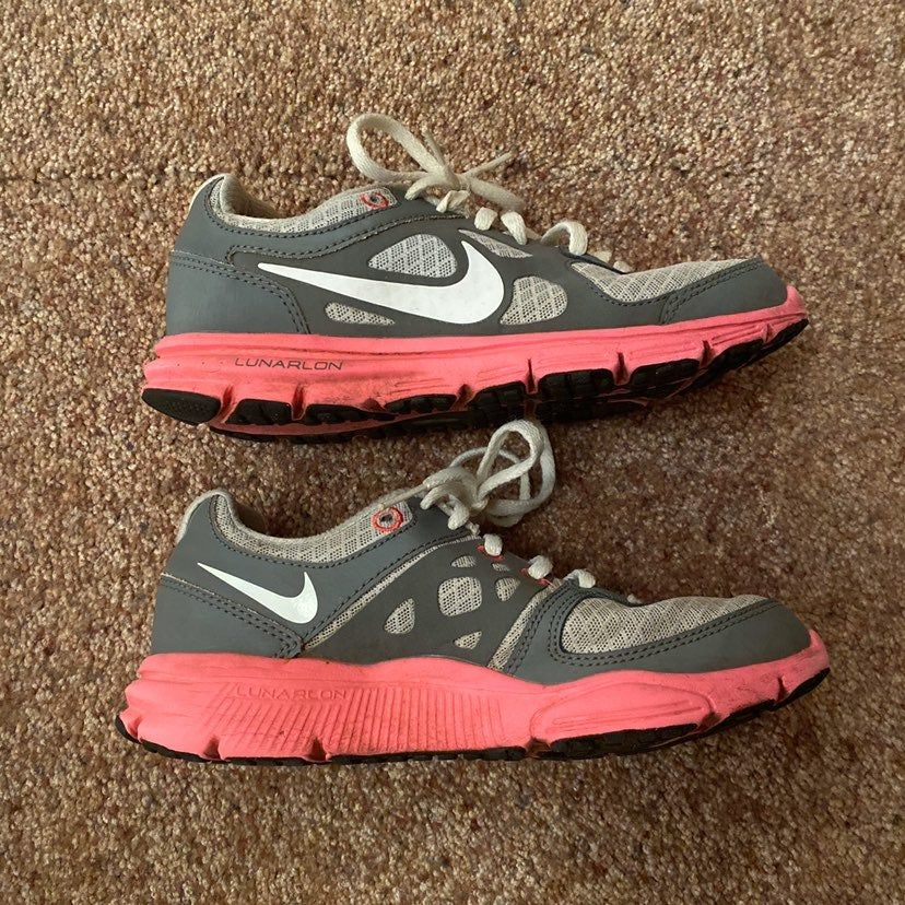 These Nike Lunar Forever running shoes