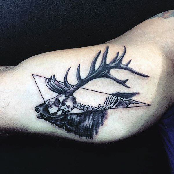 bicep skeleton male deer skull tattoos designs tattoos pinterest deer skull tattoos. Black Bedroom Furniture Sets. Home Design Ideas
