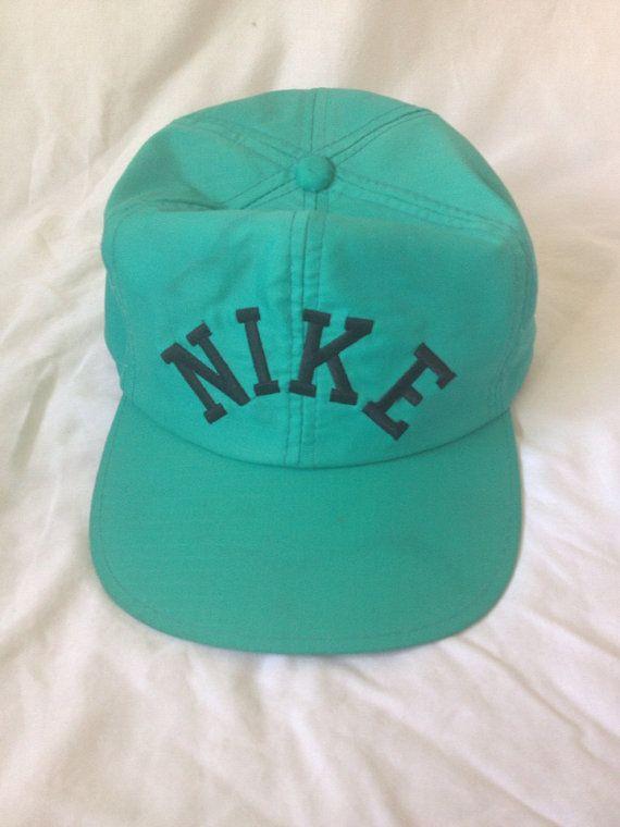 60b27b8b8f7d8 Vintage Nike SnapBack   My Store   Snapback, Vintage nike, Snapback hats