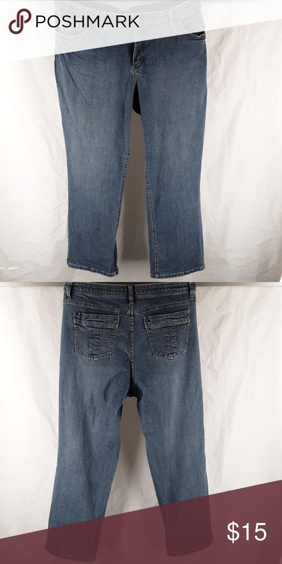 2408e1ccc6535 Straight-Leg Jeans LEE Secretly Shapes Regular Fit 70% off estimated  retail  Description