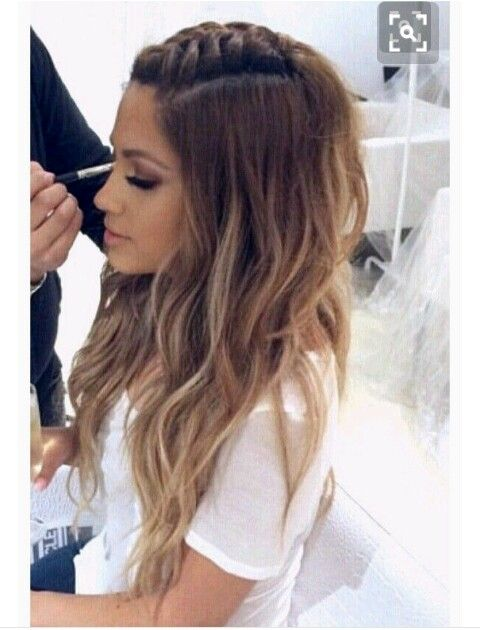Pin By Reyna Soto On Style Hair Styles Long Hair Styles Hairstyle