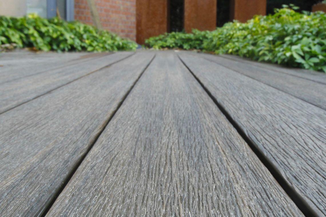 Fabricant De Terrasse Bardage Cloture Composite Fiberdeck Fr En 2020 Cloture Composite Terrasse Terrasse Composite