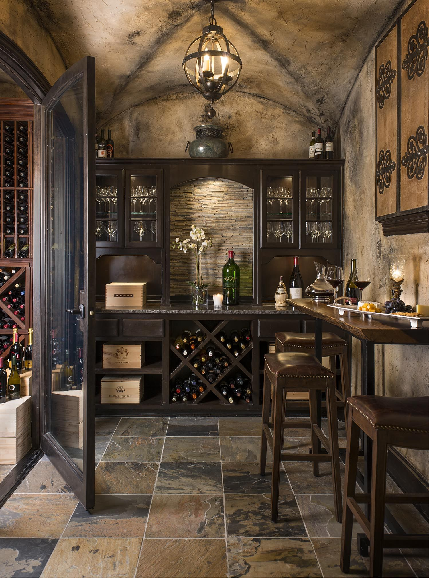 Small Wine Cellar Designs Stunning Wine Cellar And Tasting Room What A Great Place