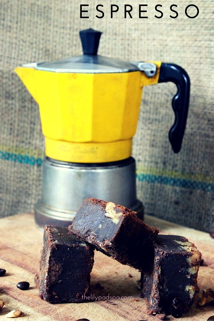 Dello Mano Espresso Walnut Brownie est.2006