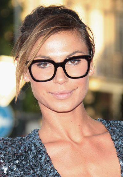 Óculos ideais para cada tipo de rosto - Revista Shape   Óculos ... a7deb2ab48