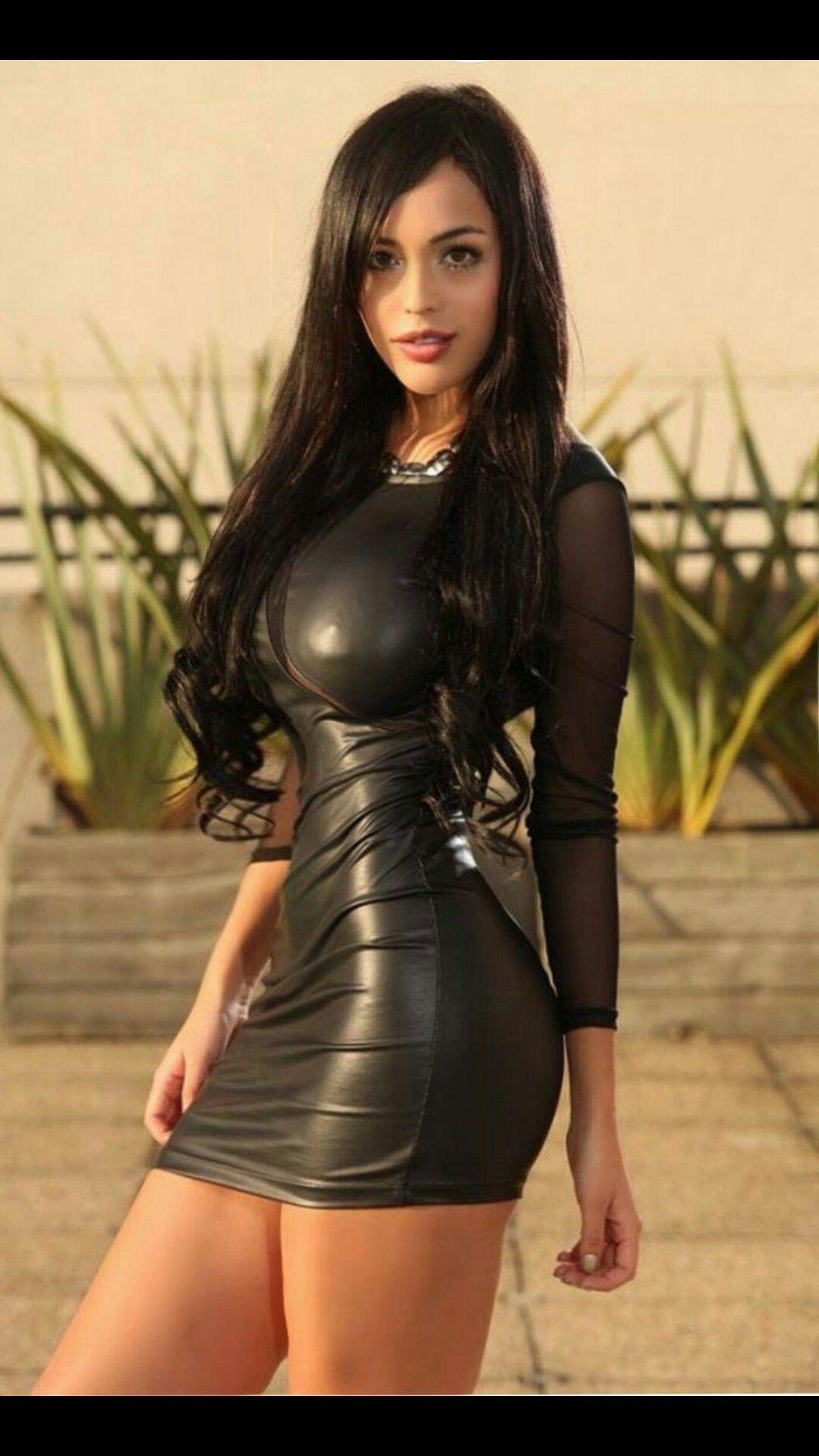 Tara reid boob pic