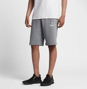 Men's Nike Casual Shorts.   AA1203-065