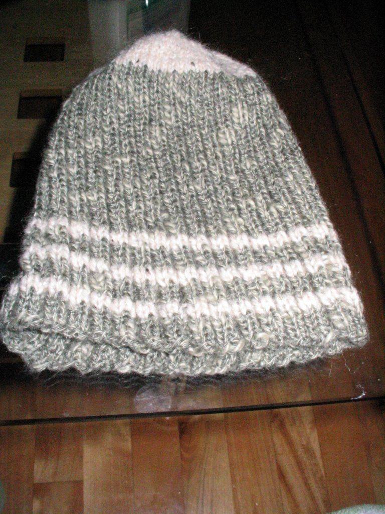 Photo patron gratuit tricot tuque homme   Tuques pour homme   Knit ... c945cc10144