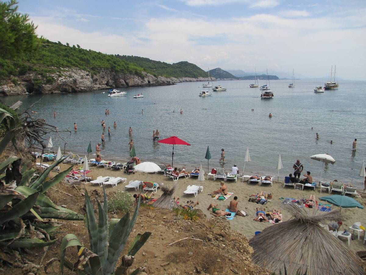 Playa de Sunj, Lopud, islas elafiti, Croacia, La mochila de mama, blog de viajes