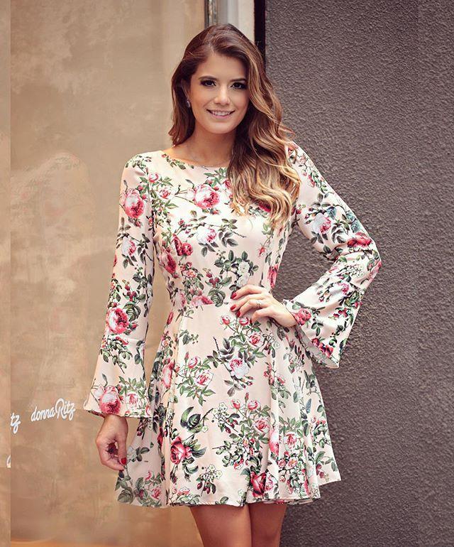 b32e527f8 Floral mais lindo  donnaritzoficial Vestido delicadinho do jeito que a gente  ama!