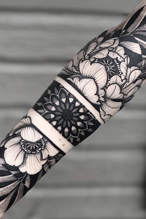 Floral Tattoo Inspiration for Men and Women - Bein Kemen