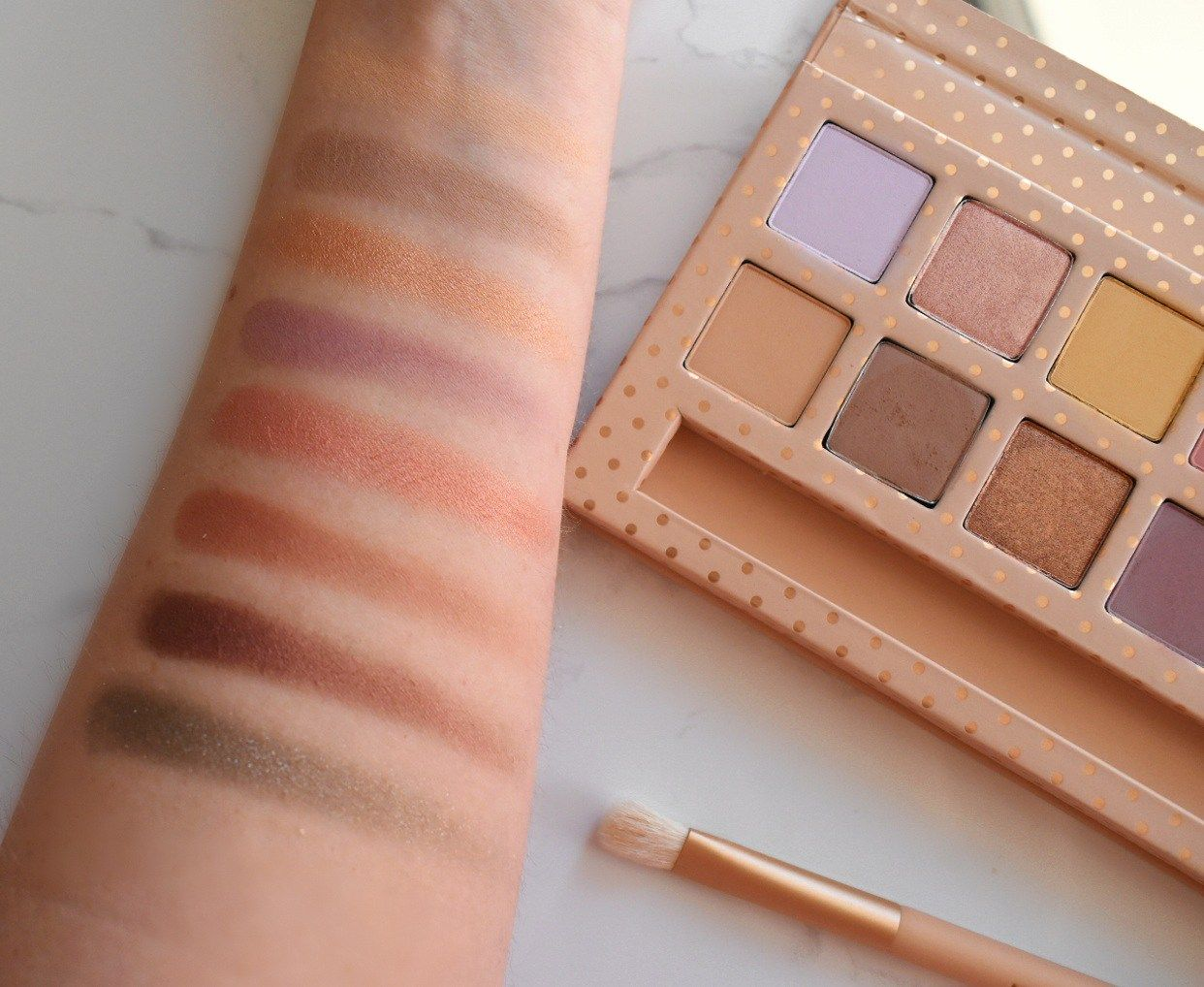 Kyshadow - Take Me On Vacation Palette by Kylie Cosmetics #7