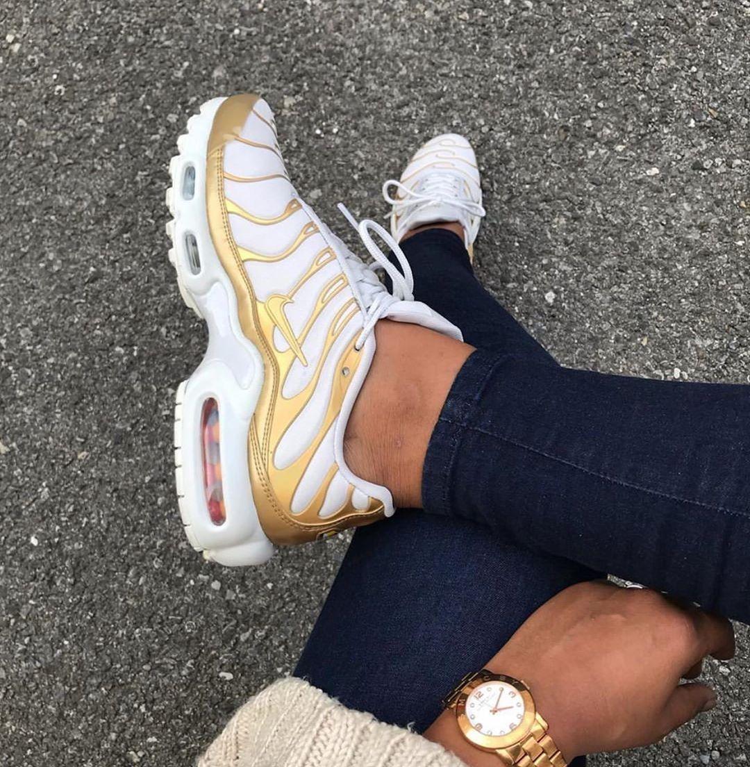 Nike Air Max 95 in lightgrey gold hellgrau gold Foto