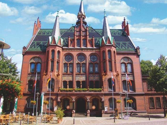 Standesamt Neumunster Das Trauzimmer Im Alten Rathaus Der Stadt