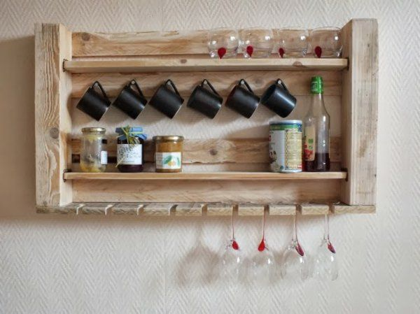 Küchen regale holz  europaletten holz paletten möbel bastelideen DIY cool regale küche ...