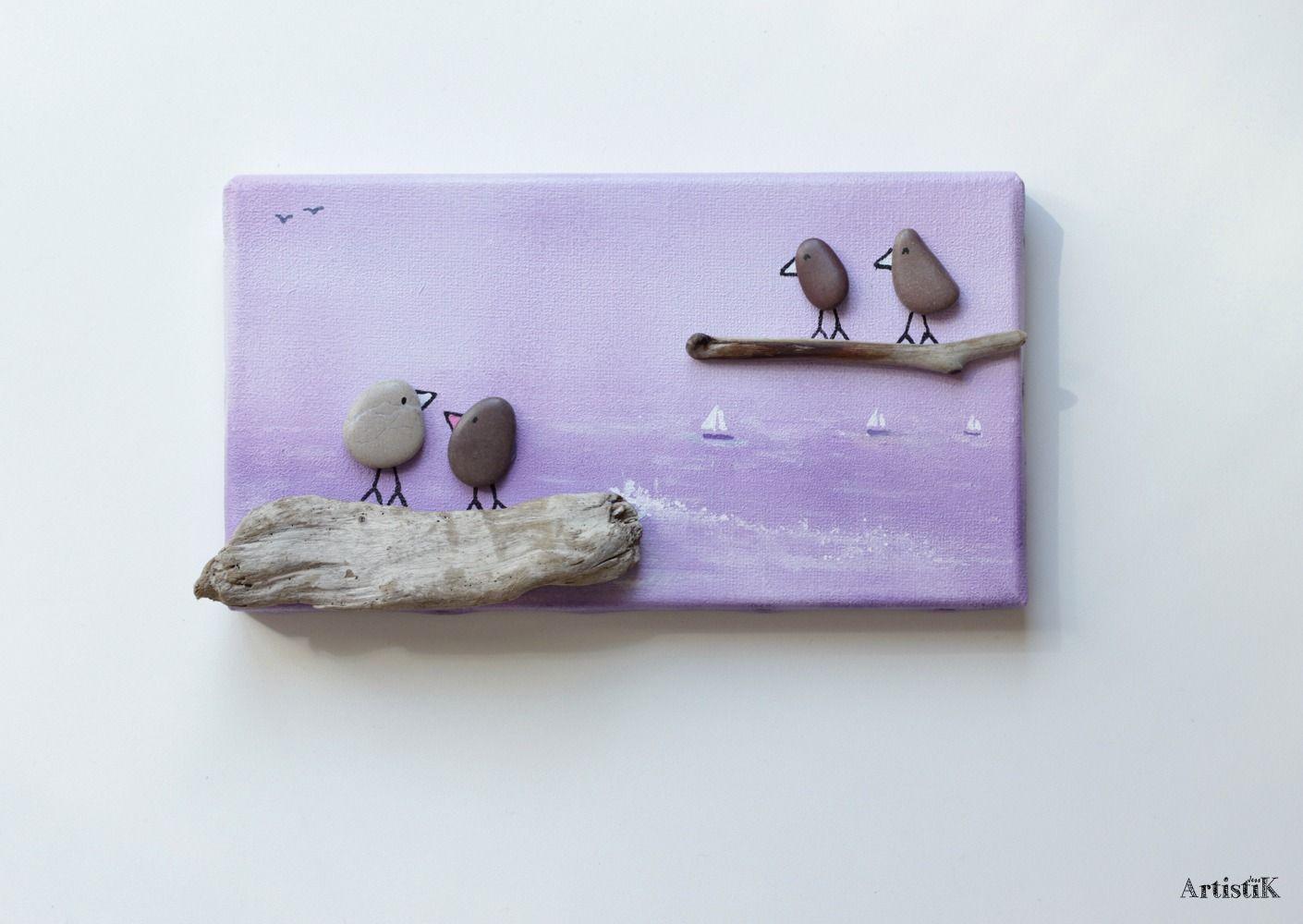Tableau galets oiseaux bois flott fond violet lilas for Chambre en bois flotte