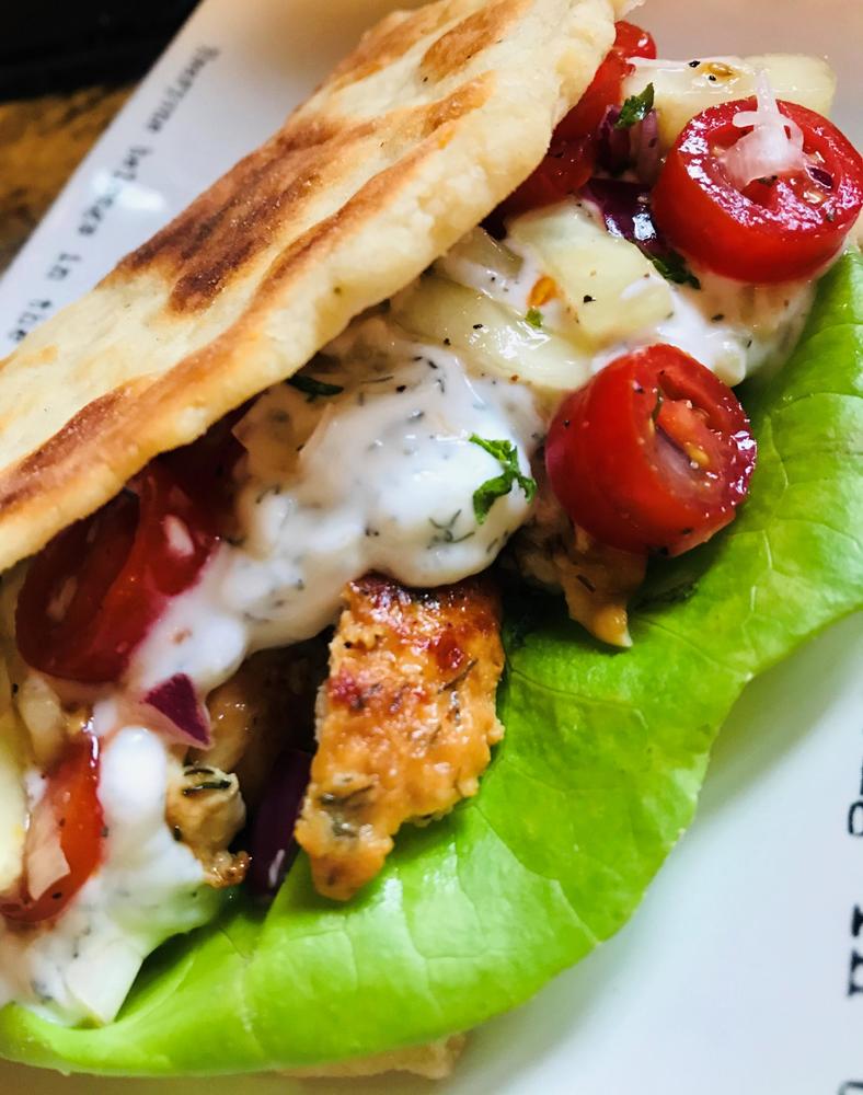 Greek Chicken Gyros in 2020 Chicken gyros, Stuffed